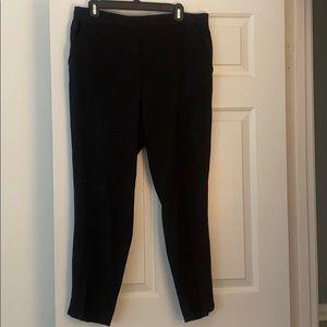 Elastic waist black ankle pant